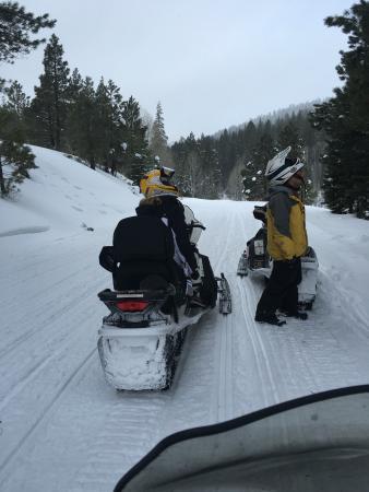 Eagle Ridge Snowmobile Outfitters : photo0.jpg