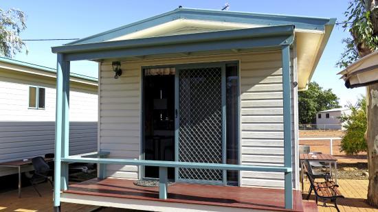 Cooper Cabins: Cabin exterior