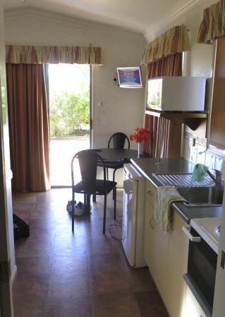 Windorah, Australië: Kitchen area
