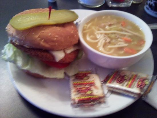 Armstrong, Kanada: dinner (sorry about the fuzzy pic...)