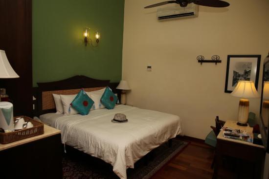 Yeng Keng Hotel: room 212