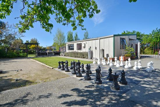 Greytown, New Zealand: Chess set outdoors