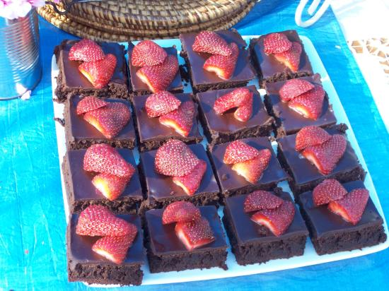 Hermanus Country Market : We encourage decadent breakfasts...