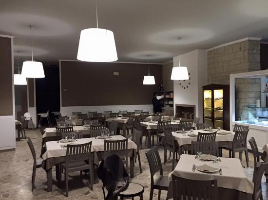 Ristorante - Picture of Ristorante Pizzeria la Terrazza sul Mare ...