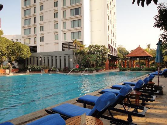 bumi surabaya city resort - Daftar Hotel Bintang 5 di Surabaya