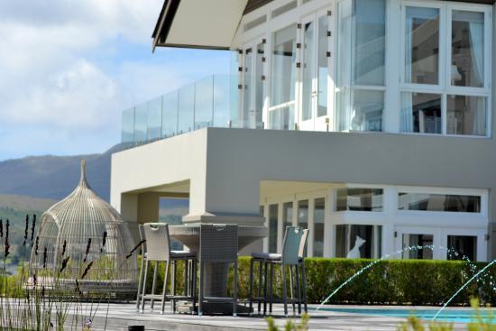 Benguela Restaurant: The luxuries of modernity