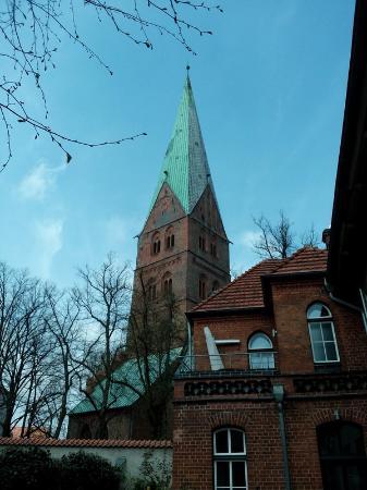 Agidienkirche: Церковь Эгидиен