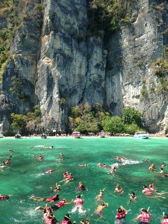 Phuket Happy