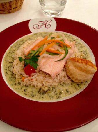 Revel, Prancis: Filet de saumon, sauce à l'oseille