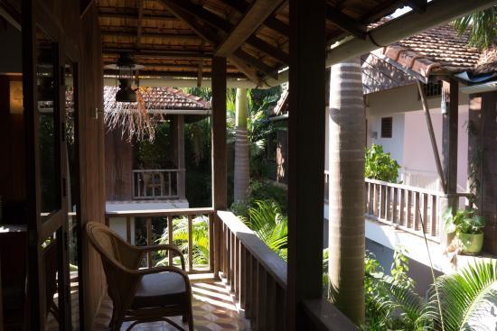Bambu Battambang Hotel: Superior room verandah