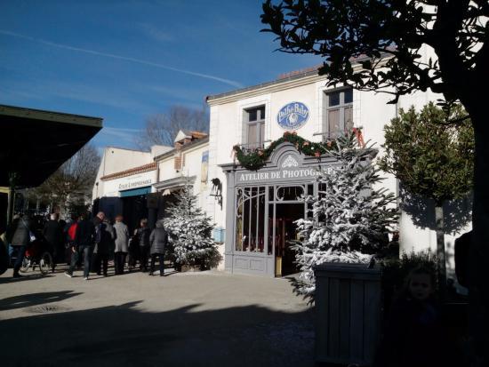 Parc picture of le puy du fou les epesses tripadvisor - Les hotels du puy du fou ...