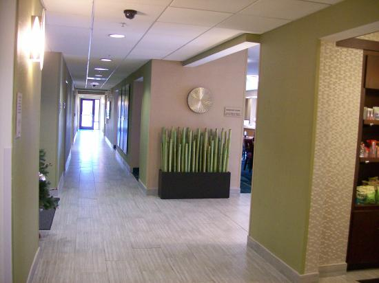 SpringHill Suites Edgewood Aberdeen: Lobby and Hallway area ground floor.