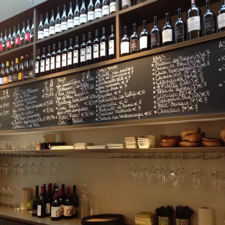 Cuvee Winebar/Wineshop : Extensive offering of wines by the glass