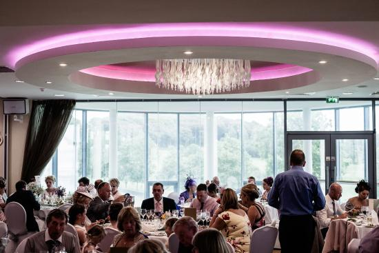 Glasson Country House Hotel & Golf Club : The bright hotel wedding reception upstairs