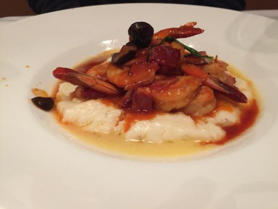 Nola Restaurant: Shrimp and Grits