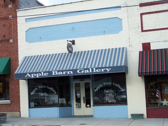 Apple Barn Gallery