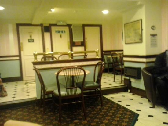 Mark Toney Cafe and Ice Cream Parlour: Downstairs Seating Toilets
