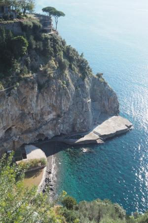 The Most Expensive Hotel In Amalfi Perched On The Cliff