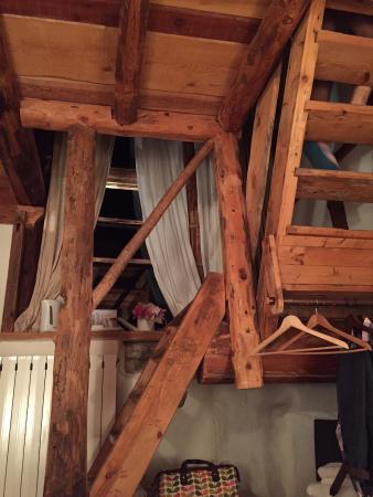 La ferme d'Angele: Notre chambre sur 2 niveaux