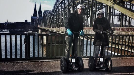 segway tour k ln picture of segway tour cologne cologne. Black Bedroom Furniture Sets. Home Design Ideas