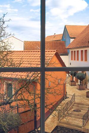 Grunstadt, Alemania: 2.Fenster   - Innenhof