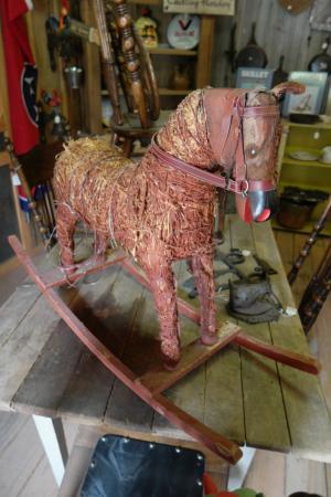 Clarkrange, TN: Antique rocking horse