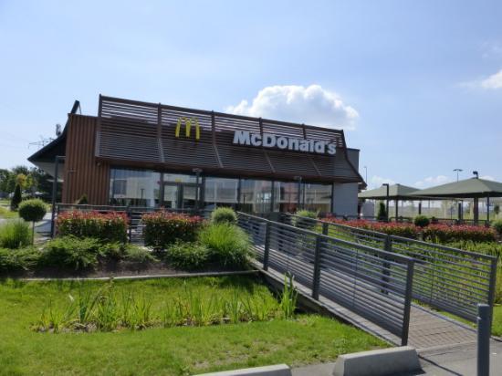 Mcdonald s villabe route de villoison restaurant reviews