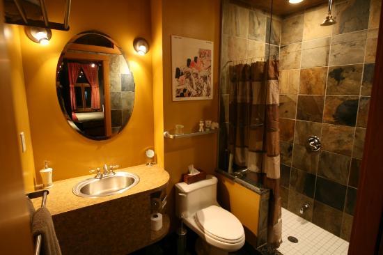A la Carte Bed & Breakfast : Juillard Suite private en-suite bathroom