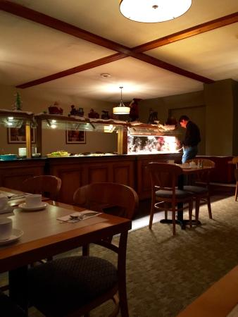 Orford, Canadá: Breakfast buffet in the restaurant