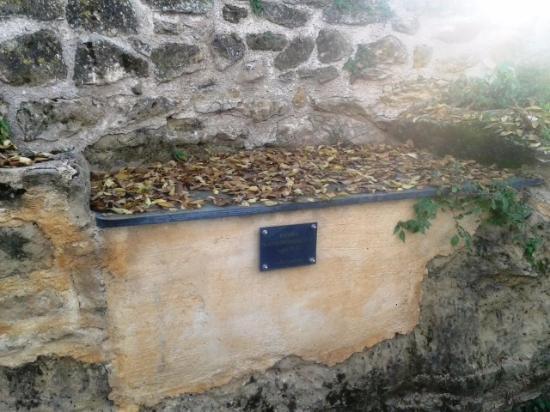 Llampaies, Испания: Sepulcro