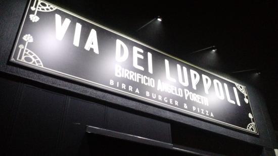 Via dei Luppoli - Birreria Ristopub Angelo Poretti