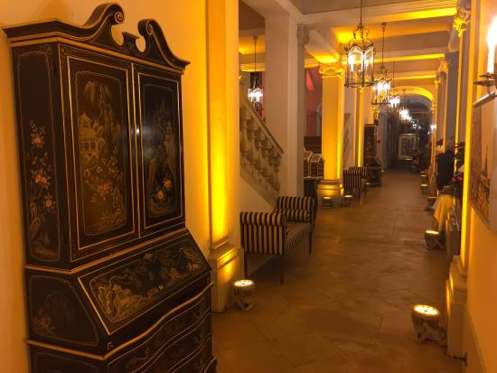 Hotel Taschenbergpalais Kempinski: photo1.jpg
