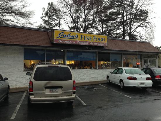 John's Fine Food: From Jonesboro Road