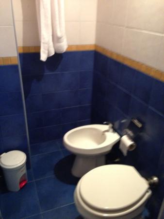 Hotel Iberia: Banheiro