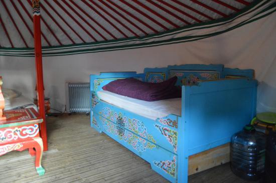 Plancoet, فرنسا: lit enfant tres grand
