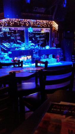 Howl at the Moon Saloon: 20151229_191923_large.jpg