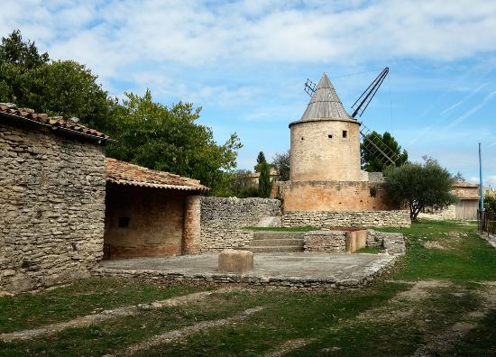 ‪Moulin de Jerusalem‬