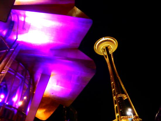 Seattle Center : EMP and the Space Needle