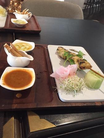 Noi Thai Cuisine: Chicken Satay