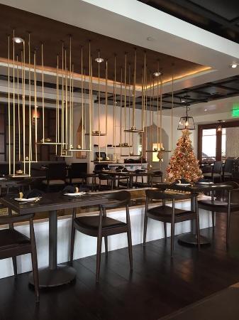 Noi Thai Cuisine: Restaurant Interior