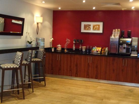Denham, UK: Coffee area/break out area