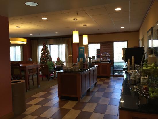 Hampton Inn Mobile I 10 Bellingrath Gardens Updated 2017 Hotel Reviews Price Comparison Al
