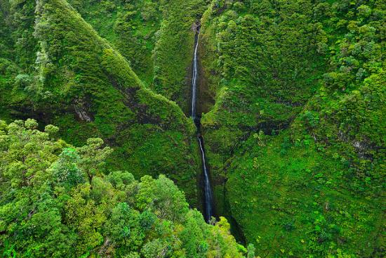 Paradise Helicopters: Stunning North Shore waterfalls