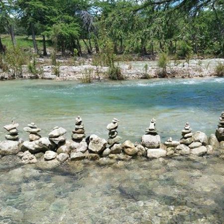 Leakey, TX: Rock Pook - shallow for kiddos