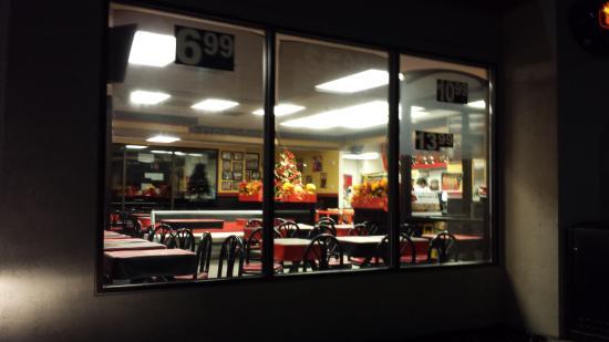 Oakwood Village, OH: dine in 2