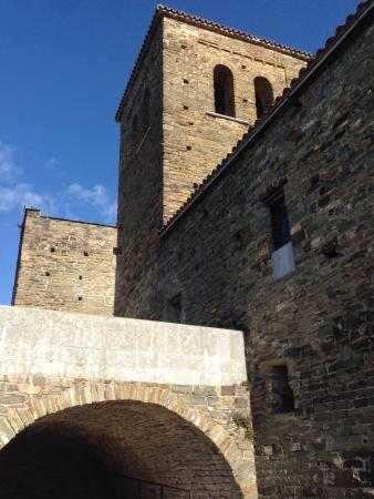 Monestir de Sant Pere de Casserres: photo4.jpg