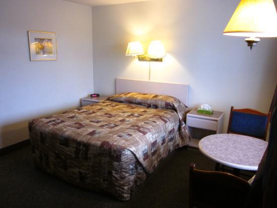 Chinook Motel