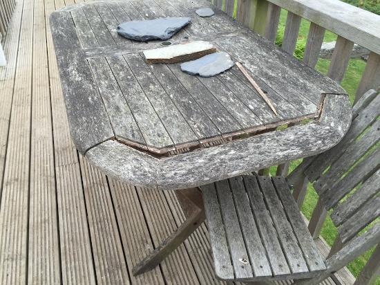 Angarrack, UK: broken patio furniture
