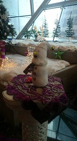 Fraser Suites Doha: Cute Little Snowman