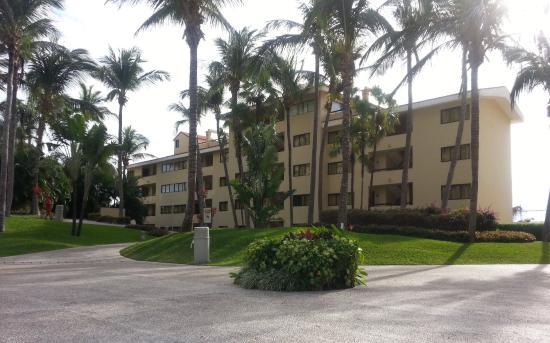 Ocean Breeze Hotel : Alrededores hotel